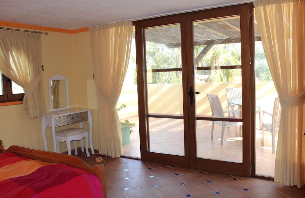 Bedroom-1-3