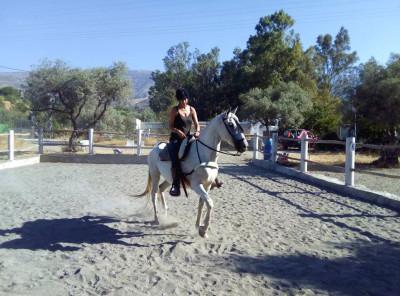 Becky Riding 01
